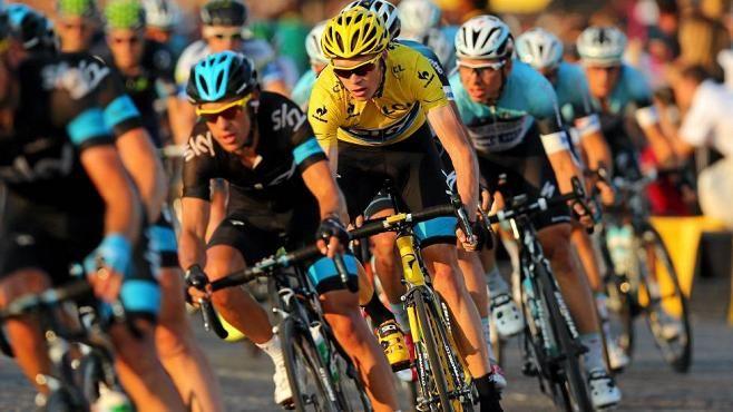 Chris Froome lähtee ennakkosuosikkina Ranskan ympäriajoon.