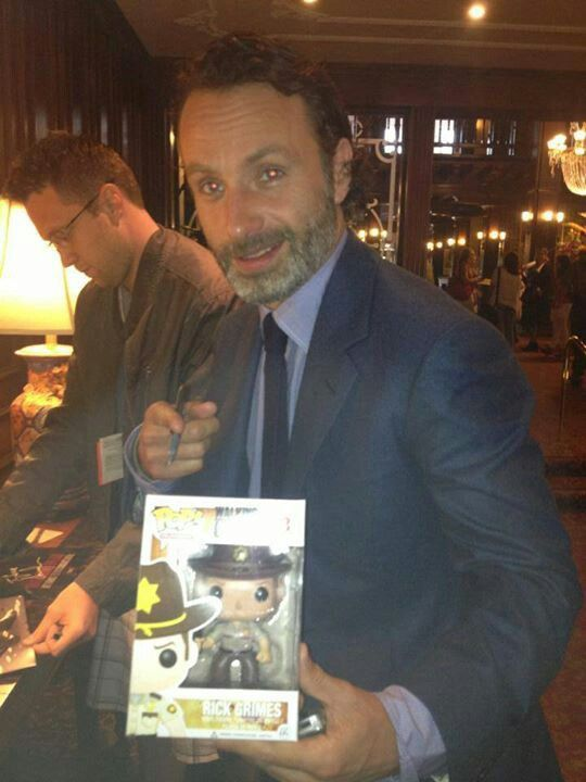 Andrew Lincoln - Rick Grimes with his Funko Pop! #TheWalkingDead