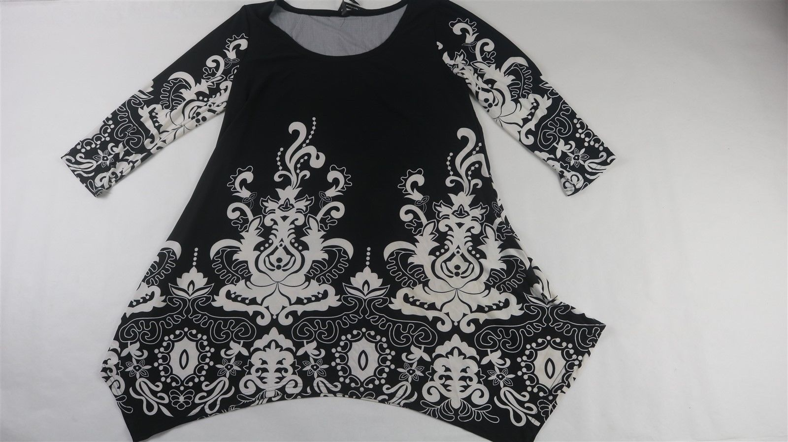 $  16.50 (17 Bids)End Date: Apr-16 19:55Bid now  |  Add to watch listBuy this on eBay (Category:Women's Clothing)...