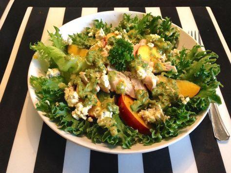 Salaatti nro 76 - kana-sinihomejuusto-jääsalaatti