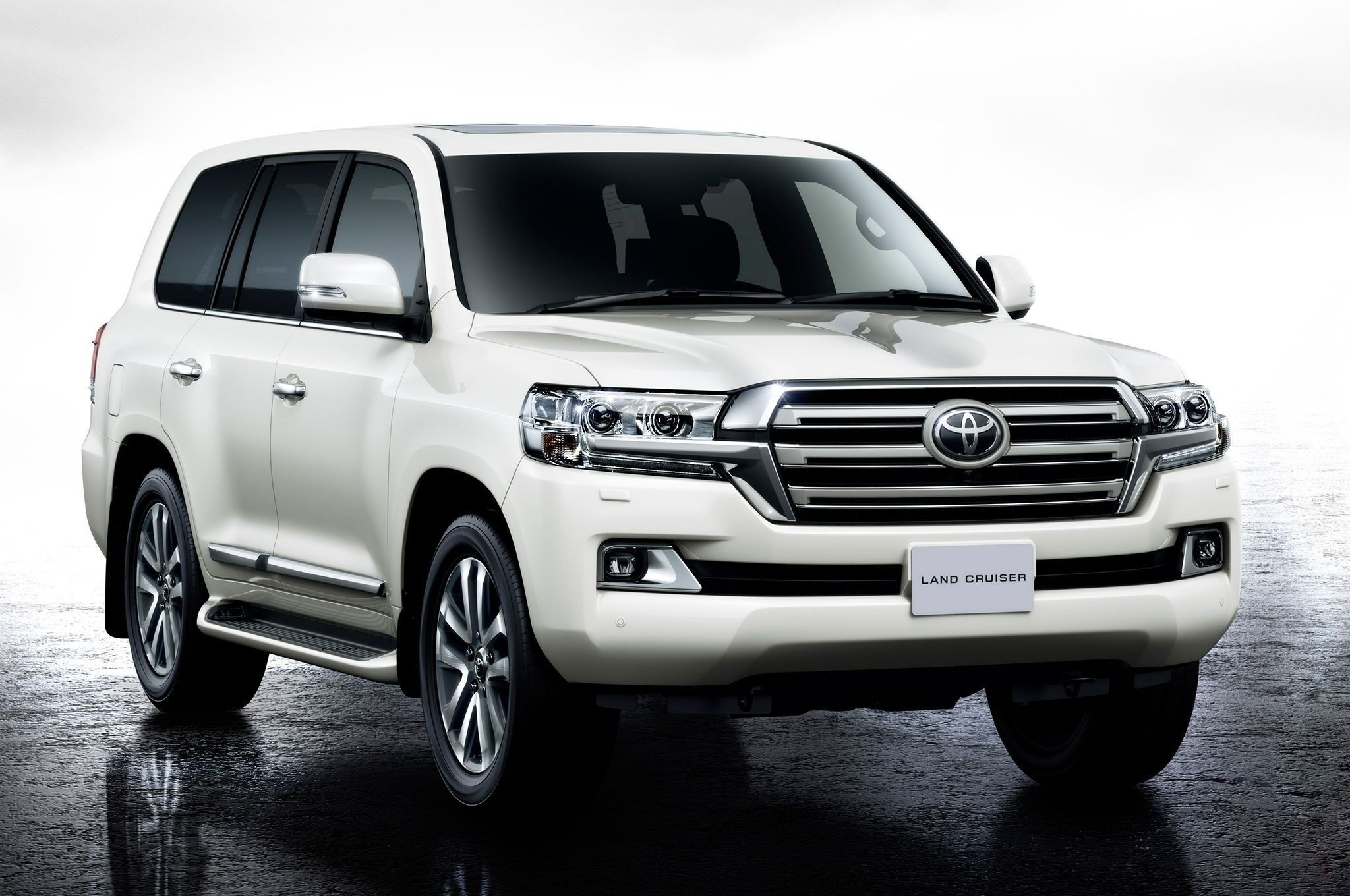 2019 Toyota Land Cruiser Usa Price In 2020 Land Cruiser 200 Land Cruiser Toyota Land Cruiser