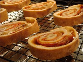 Delicious Dishings: Make-Your-Own Pinwheels