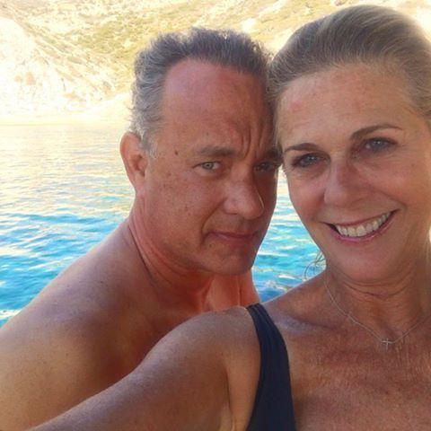 Happy Couple Are Enjoying Holidays Tomhanks Ritawilson
