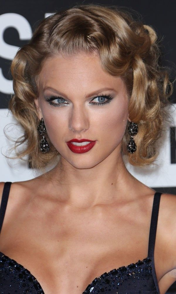 19++ Old hollywood hairstyles for short hair inspirations