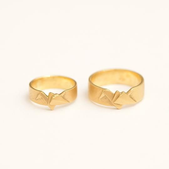 Hatchco Custom wedding rings made by Atelier Shinji Ginza in