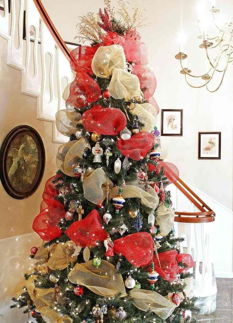 lazos en tojo y oro para decorar el rbol de navidad  Navidad
