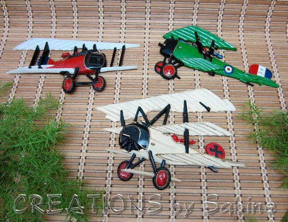 Airplanes 1975 Homco USA Set of 3 Cast Metal Wall Hanger Green Red White 1232 Biplanes N 142 Aviation Vintage FREE SHIPPING by CREATIONSbySabine