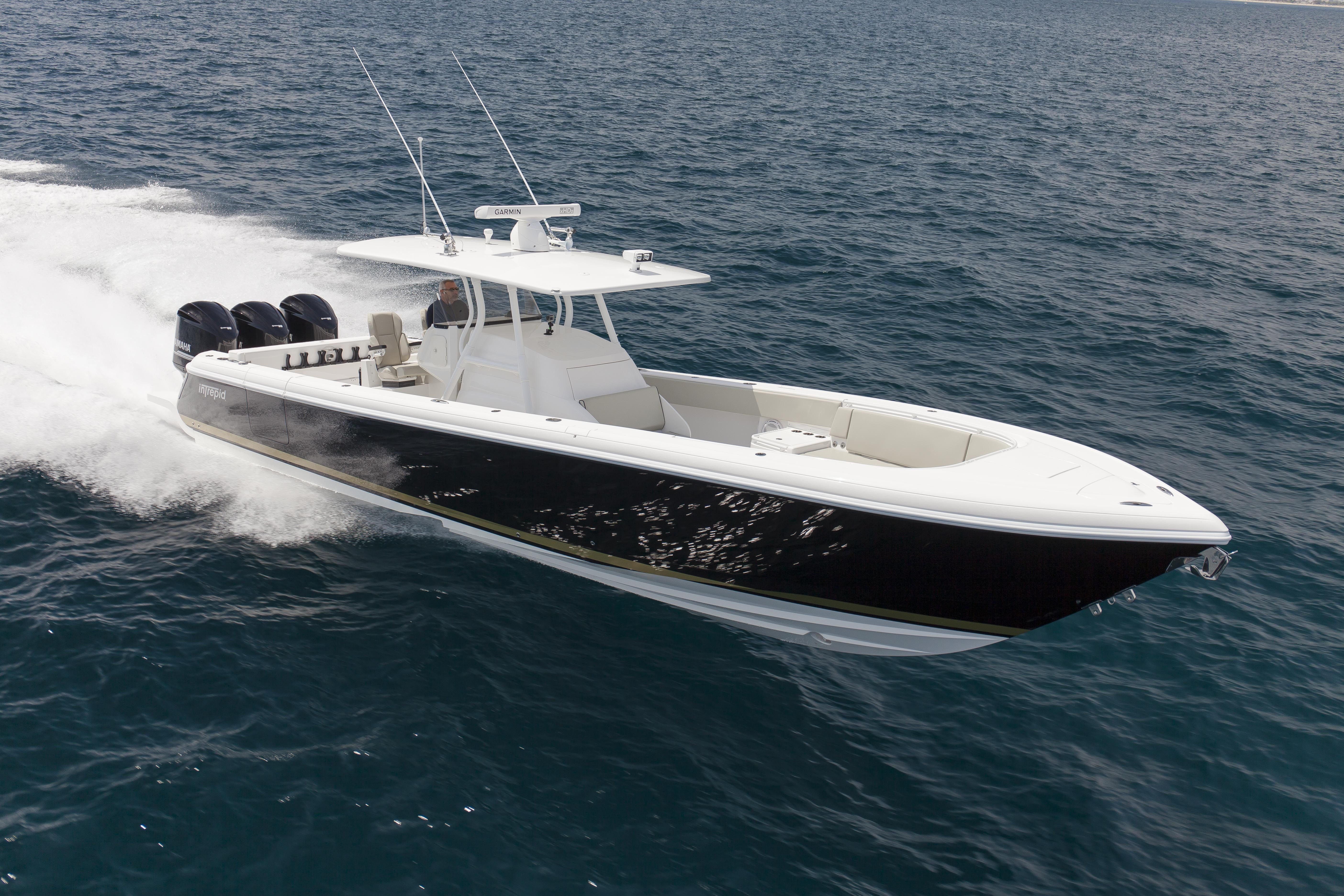 The 375 CC Intrepid...... | Center console fishing boats ...