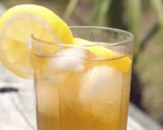 boisson nergisante au citron recette jus boissons tisane pinterest boisson citron. Black Bedroom Furniture Sets. Home Design Ideas