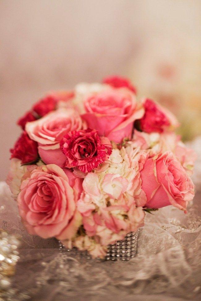 Blumen Valentinstag Schenken Rosa Rosen Hortensien Dekosteine