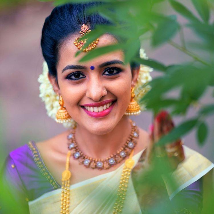 Pin by Jattu Halli on Beauty | Most beautiful bollywood actress, Most beautiful indian actress, Bridal hair buns