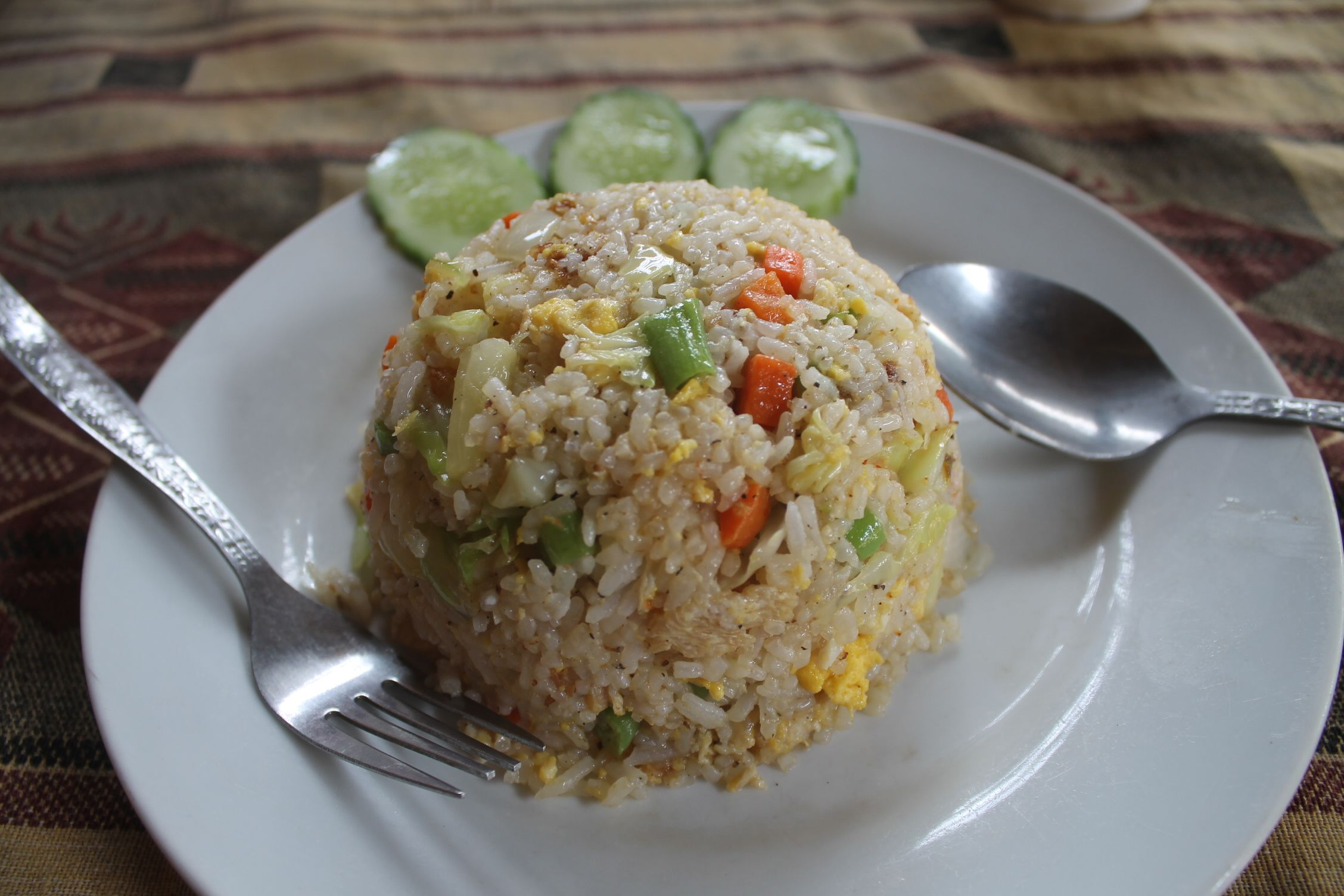 Fried Rice (Arroz frito) con verduras y piña