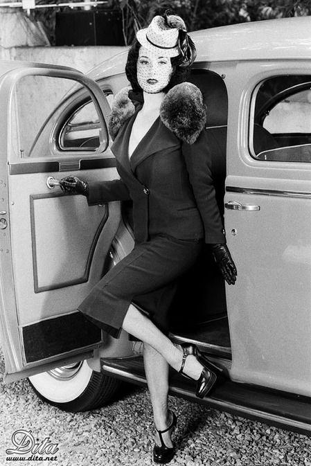 Pin On 1940 S Fashion