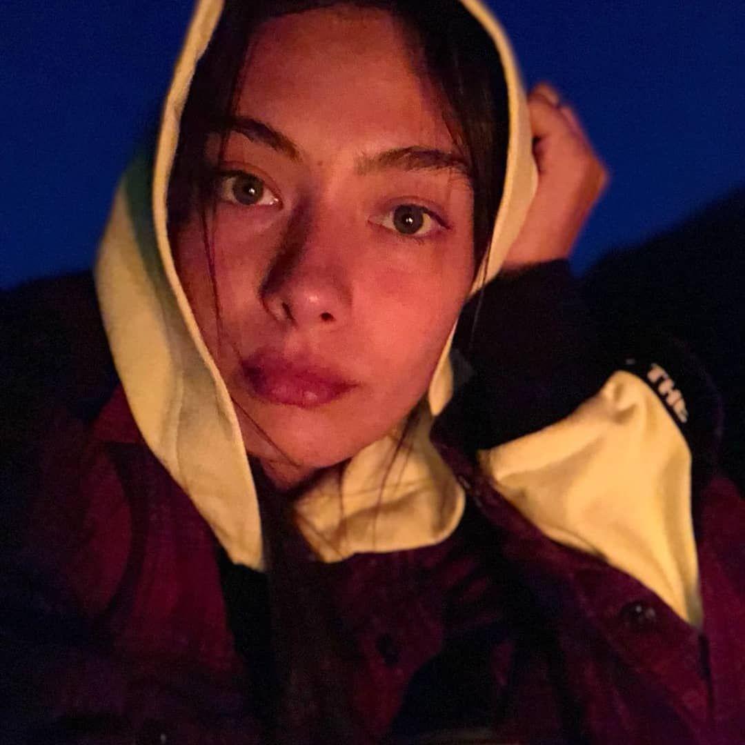 Afnan Za Adli Kullanicinin Neslihan Atagul Panosundaki Pin Instagram Gece Guzellik