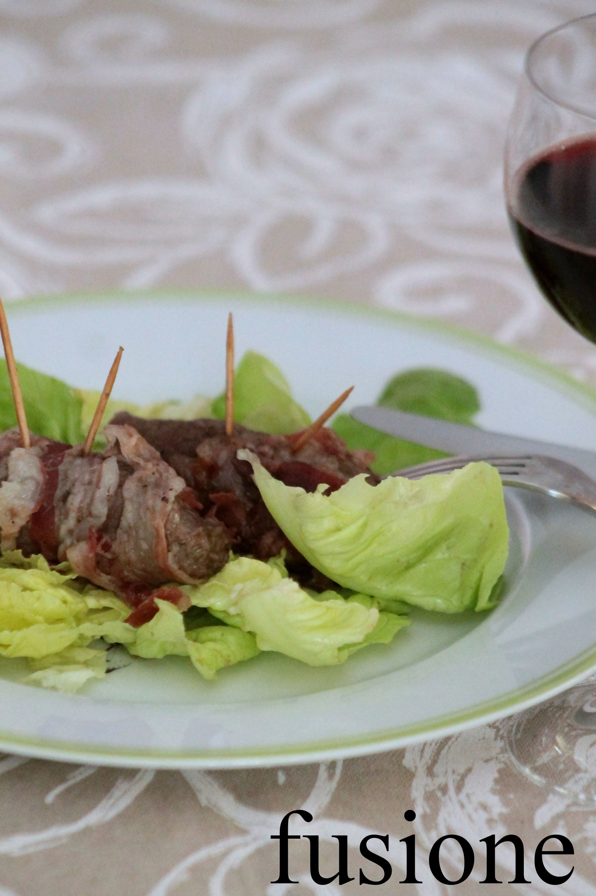 uccelletti scappati / mini #beef #rouladen with #jam and smoked #bacon