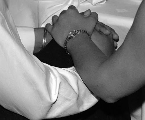 Vaizdo Rezultatas Pagal Uzklausa صور بنت ماسكه يد حبيبها Touch Love Hands Romantic Pictures