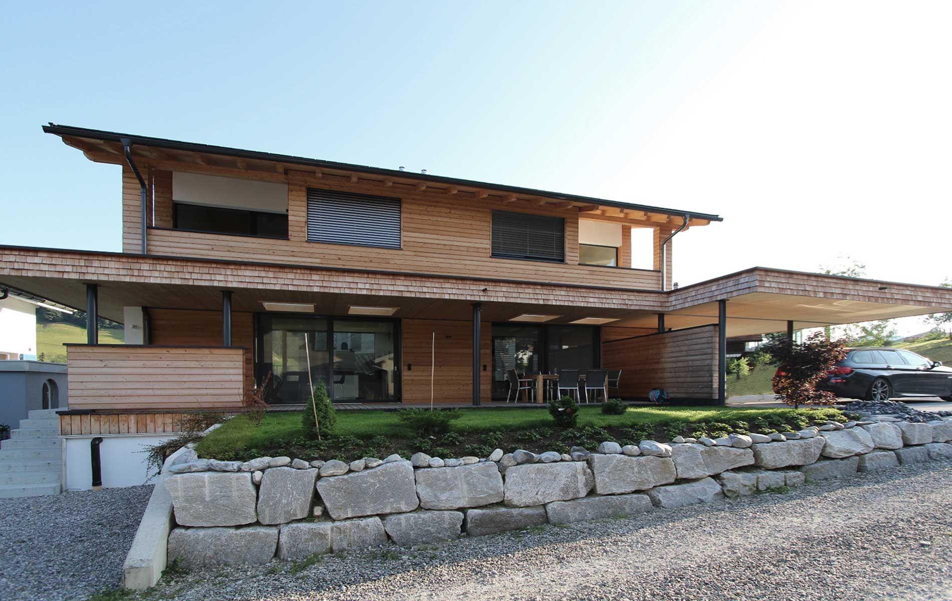 neubau zweifamilienhaus holzhaus modern was wir bauen meiberger holzbau wohlf hl. Black Bedroom Furniture Sets. Home Design Ideas
