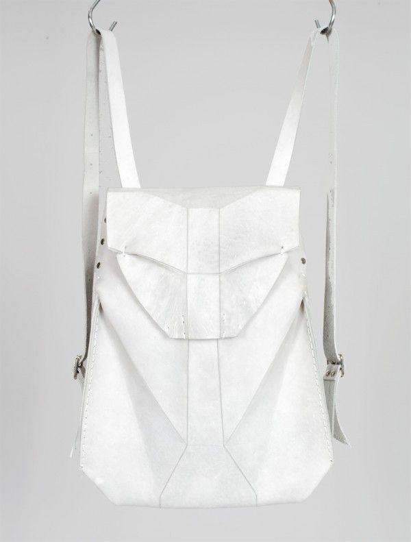OMTURA backpack - easy 2 push-button closure, adjustable shoulder straps and an inside leather pocket. Length: 44cm Width: 36cm - INN7 FASHION