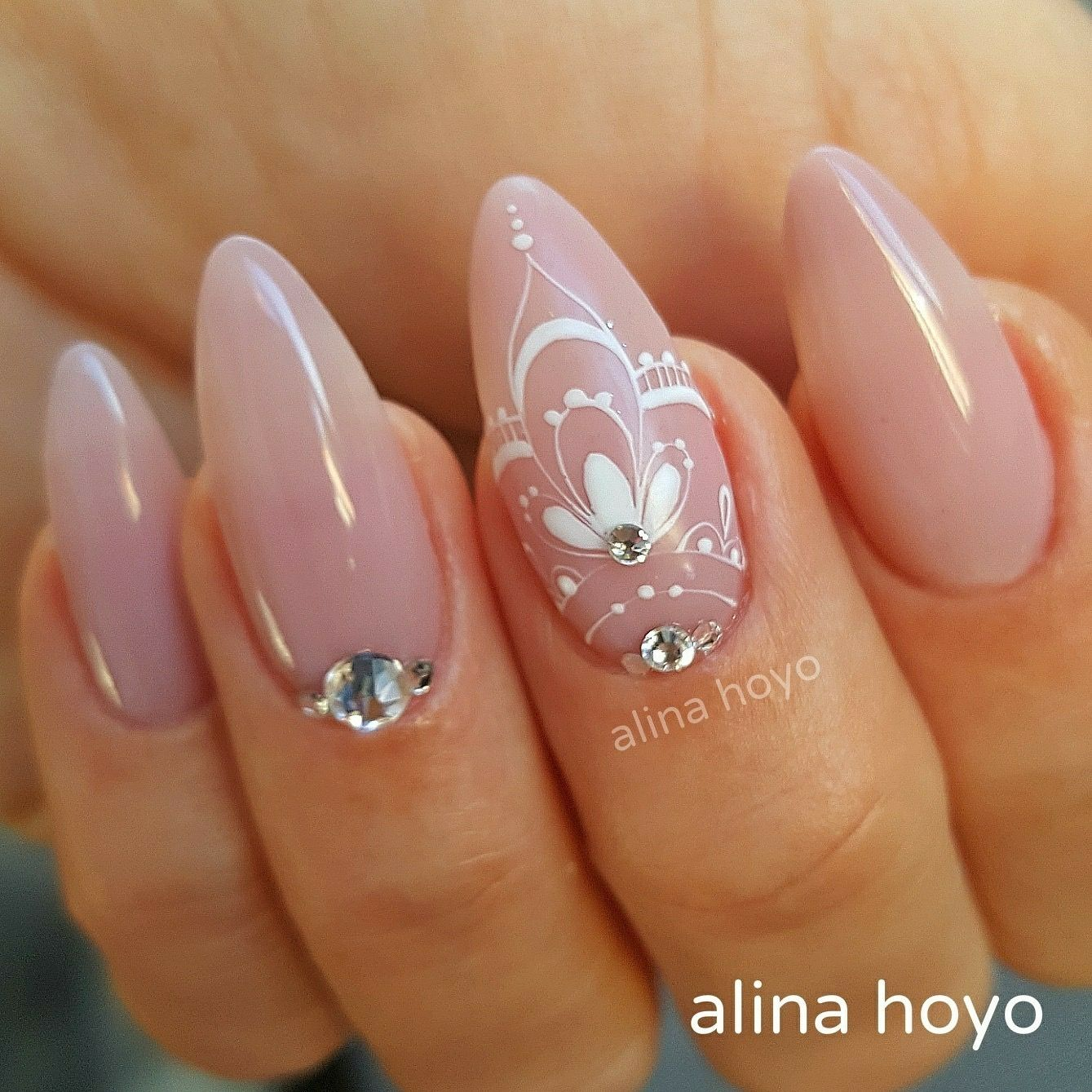 Formen... så fin! | Nails for weddings | Pinterest | Manicure, Nail ...