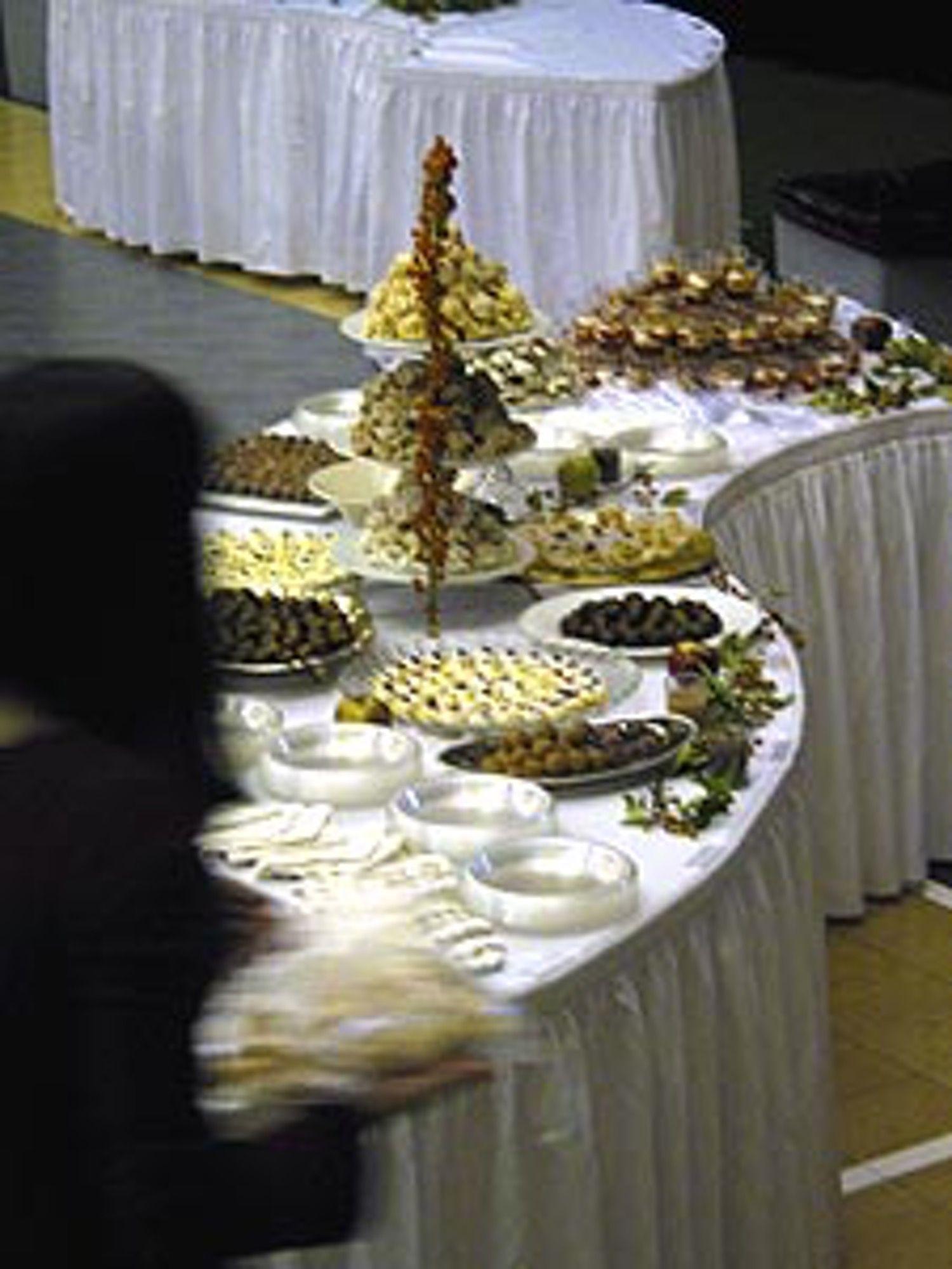 How to arrange a buffet table pinterest buffet how to arrange a buffet table watchthetrailerfo