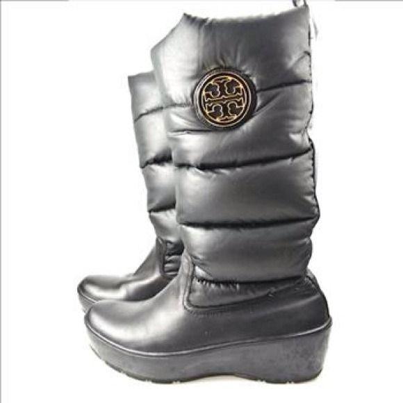 0176700fb07 Tory Burch Puffer boots Women s size 10