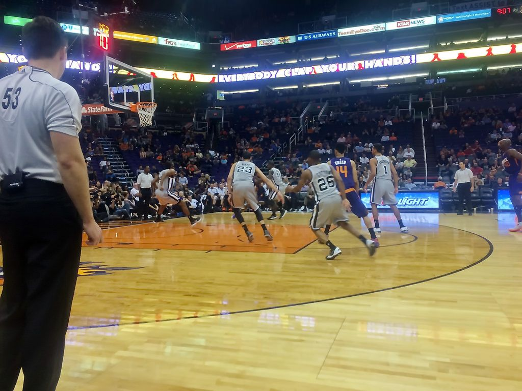 Had the Courtside seats for a Phoenix Suns San Antonio Spurs game ...