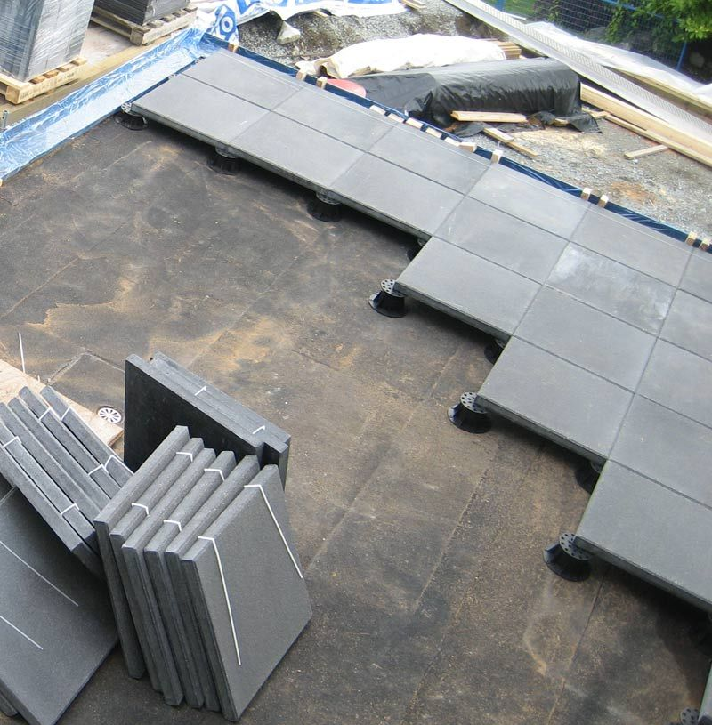 Concrete Paver Layout On Pedestals Patio Flooring Diy