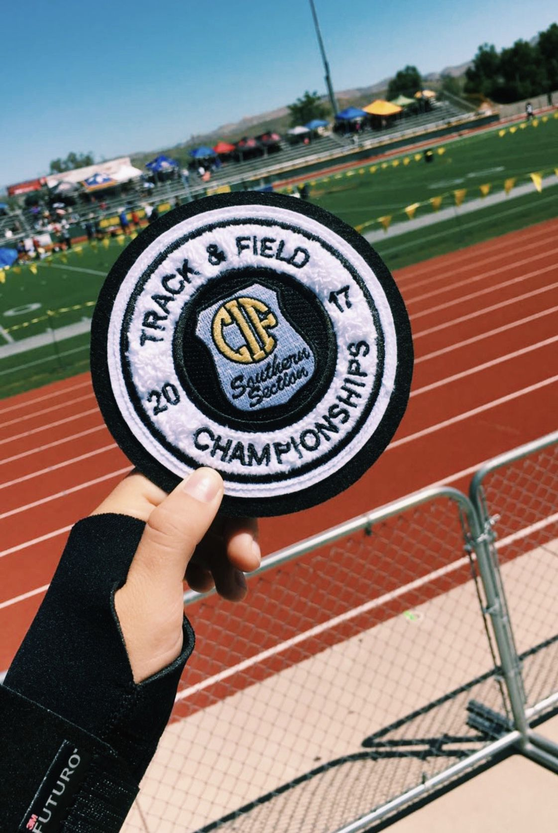 Moorpark California 5 13 17 Track Workout Track And Field Sports Pictures