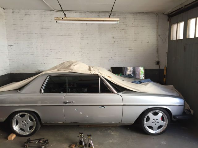 1974 Mercedes 280C, 4-speed  Manual Transmission, W114 for sale: photos, technical specifications, description