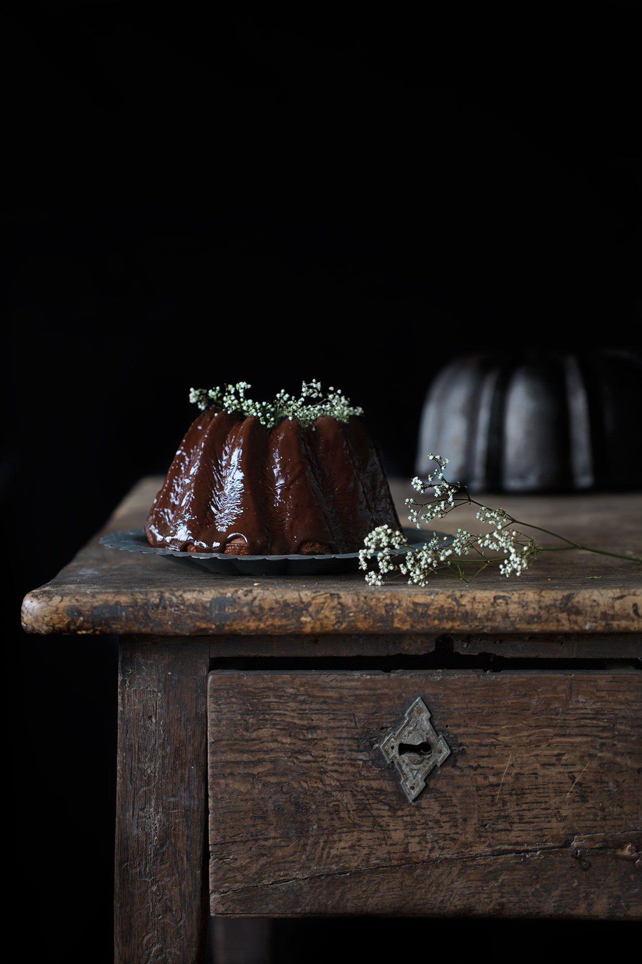 Haselnuss-Gugel mit Nutella-Glasur