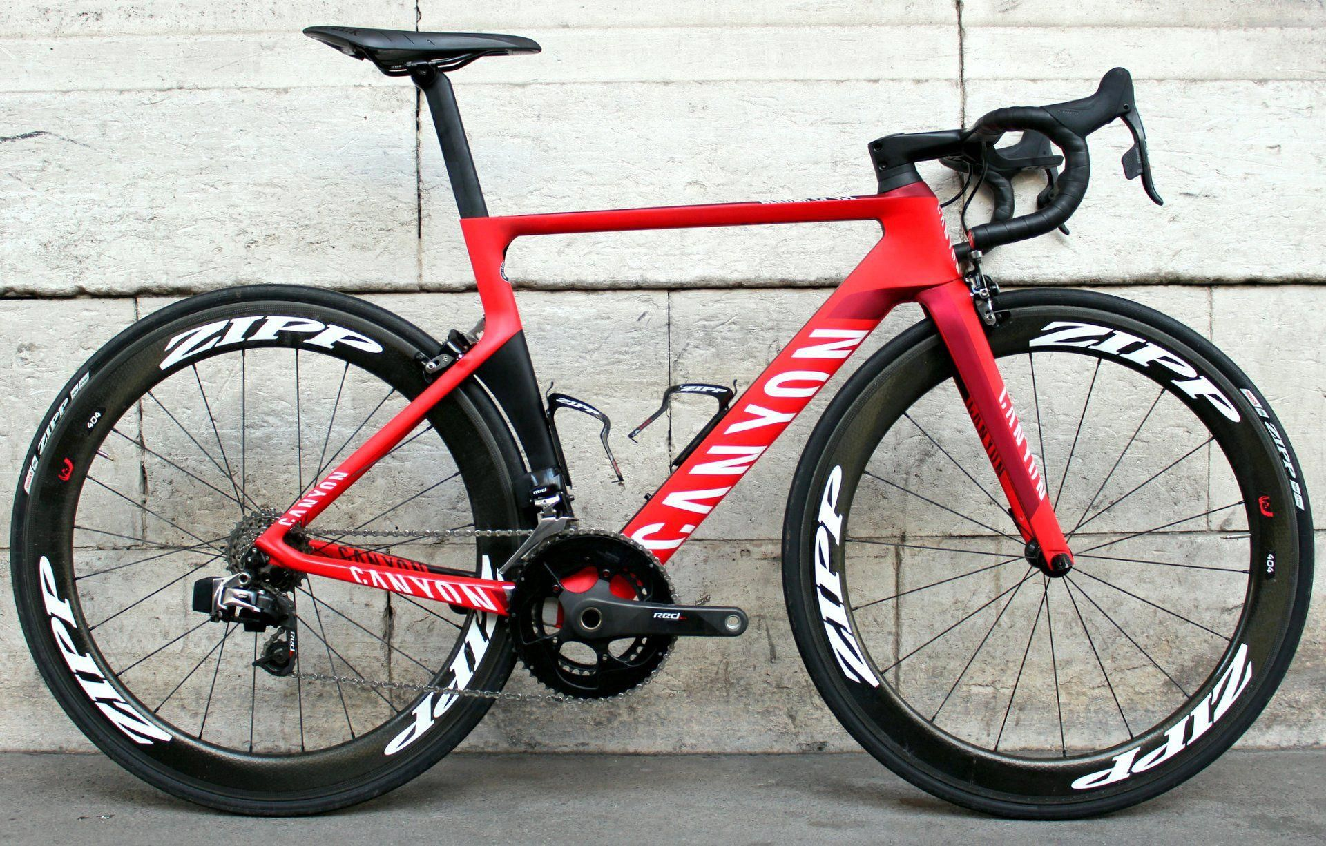 14435ff4453 Canyon Aeroad (custom spec with SRAM Red eTap) - rev... #roadbikeart ...