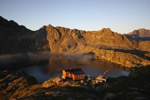 Wangenitzseehutte 2051 mt - austria http://www.ilmountainrider.com/itinerari/wangenitzsee-hutte-2501-mt-trekking-di-due-giorni-in-austria/