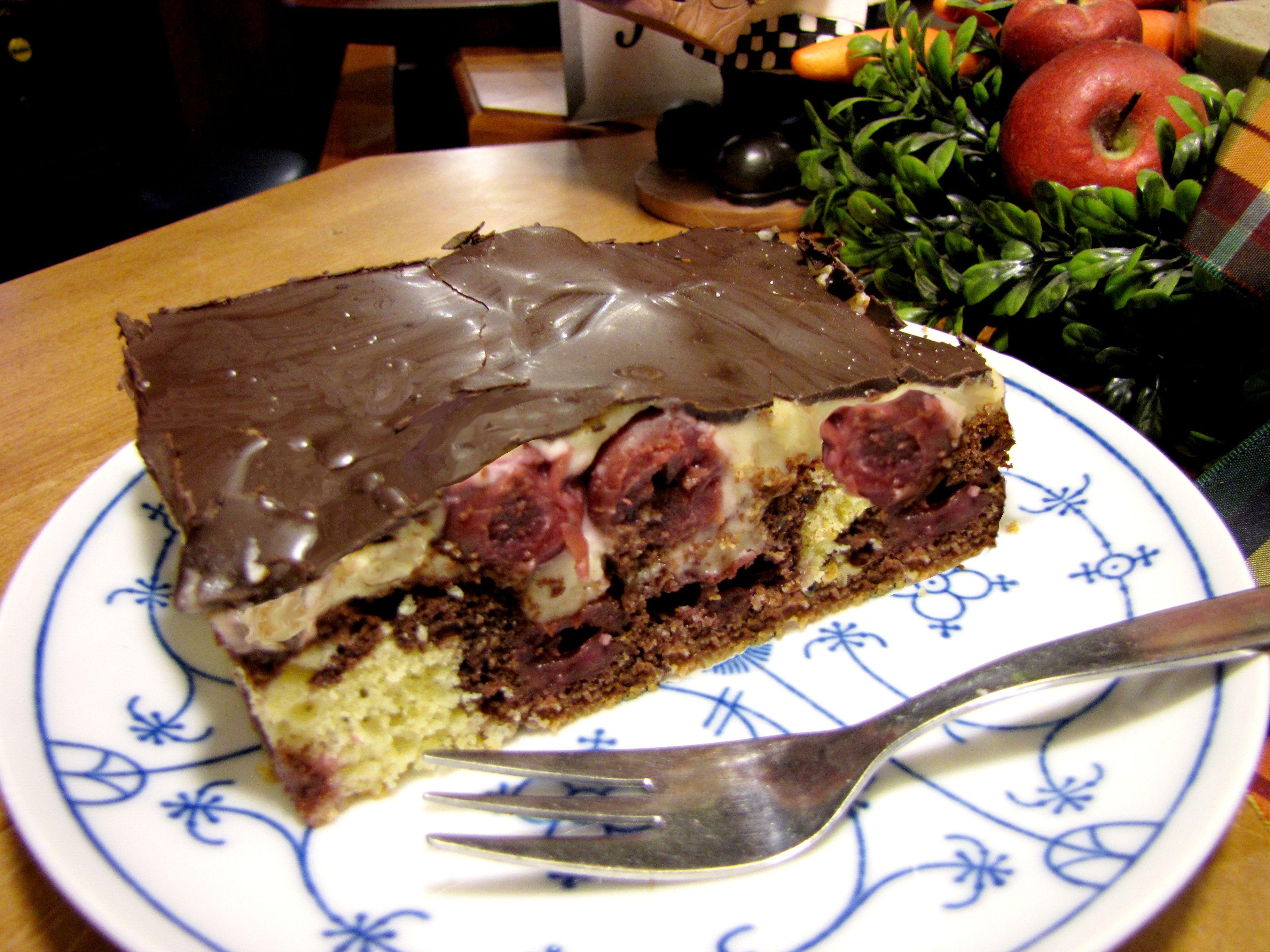 Rührteig hell dunkel Kirschen Vanille Pudding & Schokolade ergibt