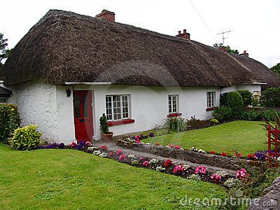 thatched roof cottages google search thatched cottages