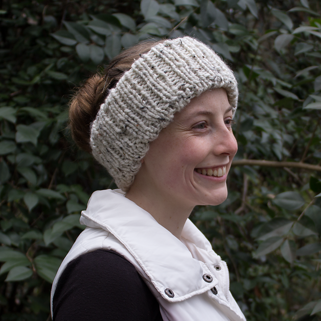 Super Simple Ribbed Headband pattern by Snickerdoodle ...