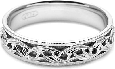 Tacori Mens Wedding Band With Hand Engraved Scroll Work 5 0mm This Best Selling Men S Wedding Band Showcas Wedding Rings Contemporary Engagement Rings Rings For Men