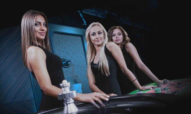Игровые автоматы свиньи копилки казино 888 официальный сайт скачать