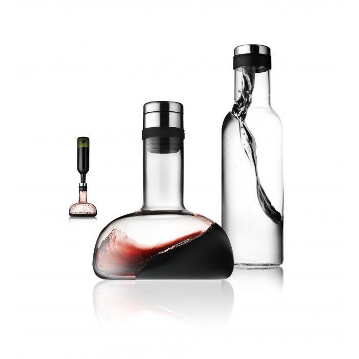 Deze unieke set van Menu is de perfecte combinatie voor de echte wijnliefhebber. De set bestaat uit een decanteer karaf / wijnkaraf met bijpassende waterkaraf die samen zorgen voor heerlijk gedecanteerde wijn. Met toevoeging van een mooie volle wijn is deze set een prachtig eindejaarscadeau!  http://www.cadeauxperts.nl/product/wijn-karafset/