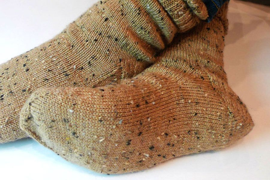 A simple knitted sock pattern for beginners Crochet