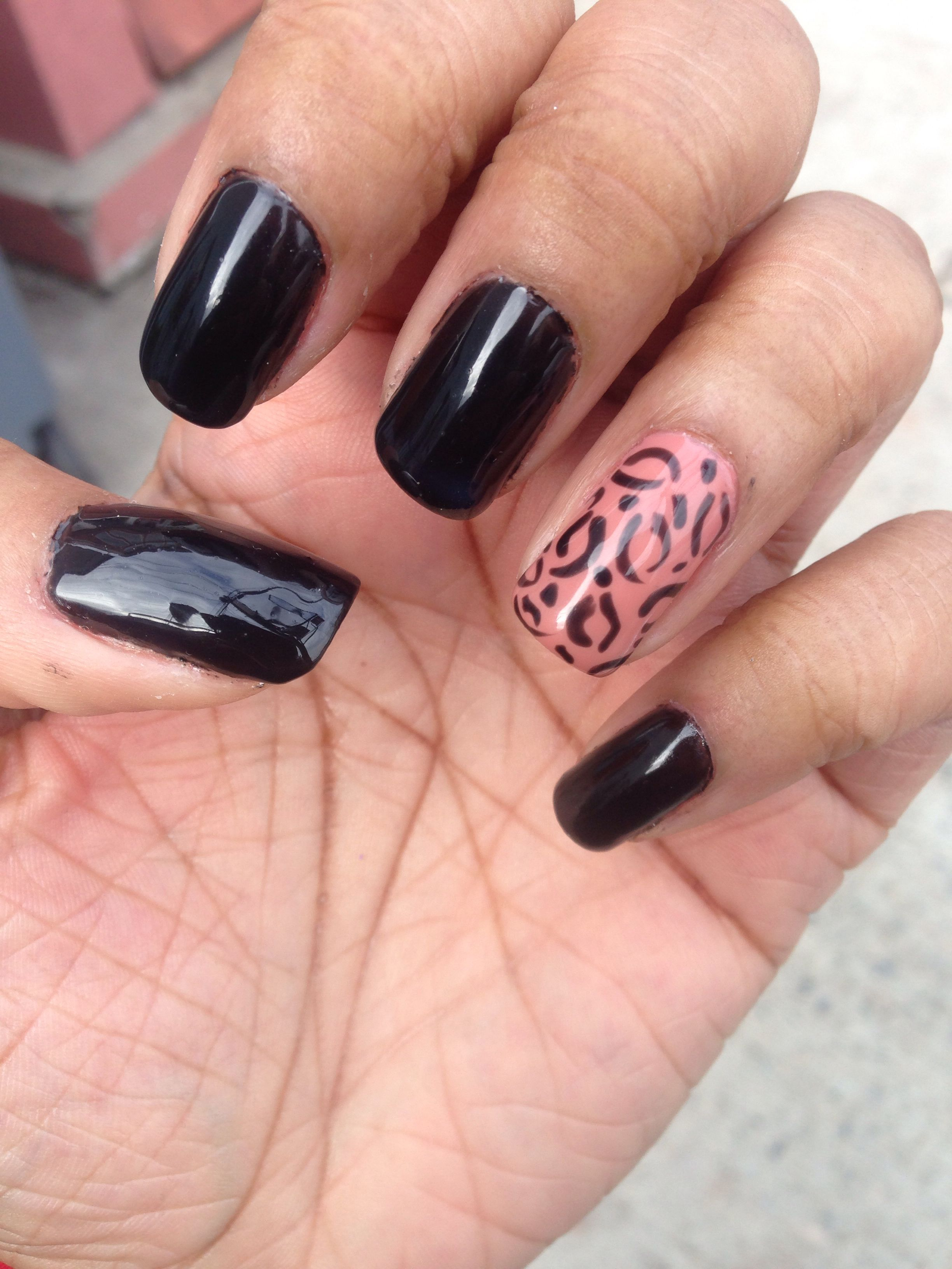 Got my nails done today love this design how to do