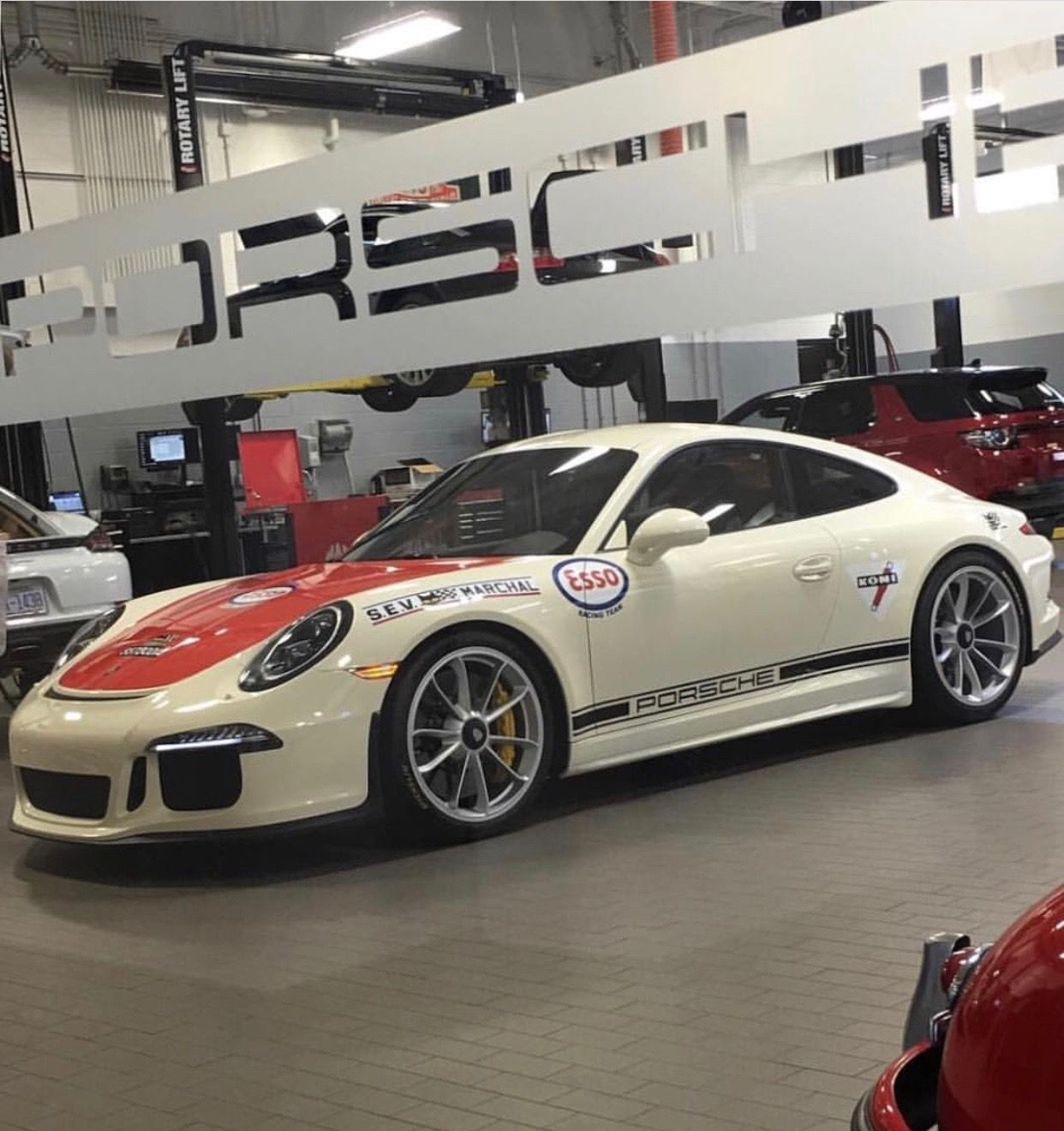Porsche 911R painted in paint to sample Light Ivory w/ an Orange