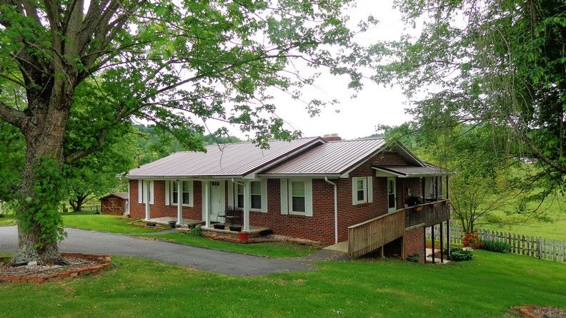 Brick, Ranch Home with Stream and Acreage in Bristol, VA