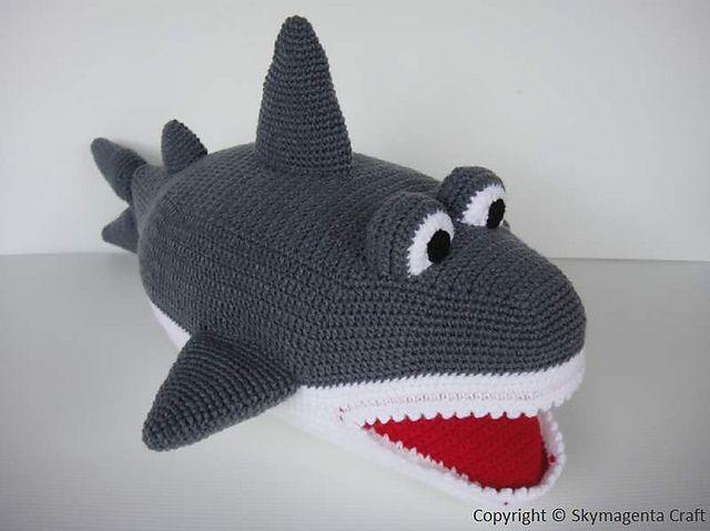 Hammerhead Shark Amigurumi : Niccupp Crochet: 12 Sharks You Can Crochet While Watching ...
