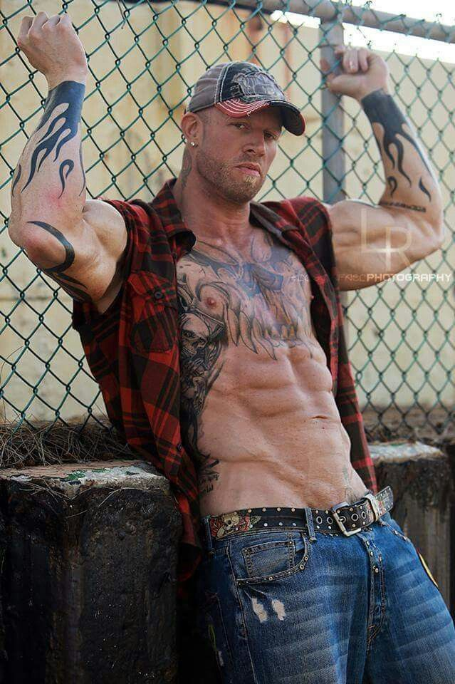 Hot Tattooed Stud Fucking