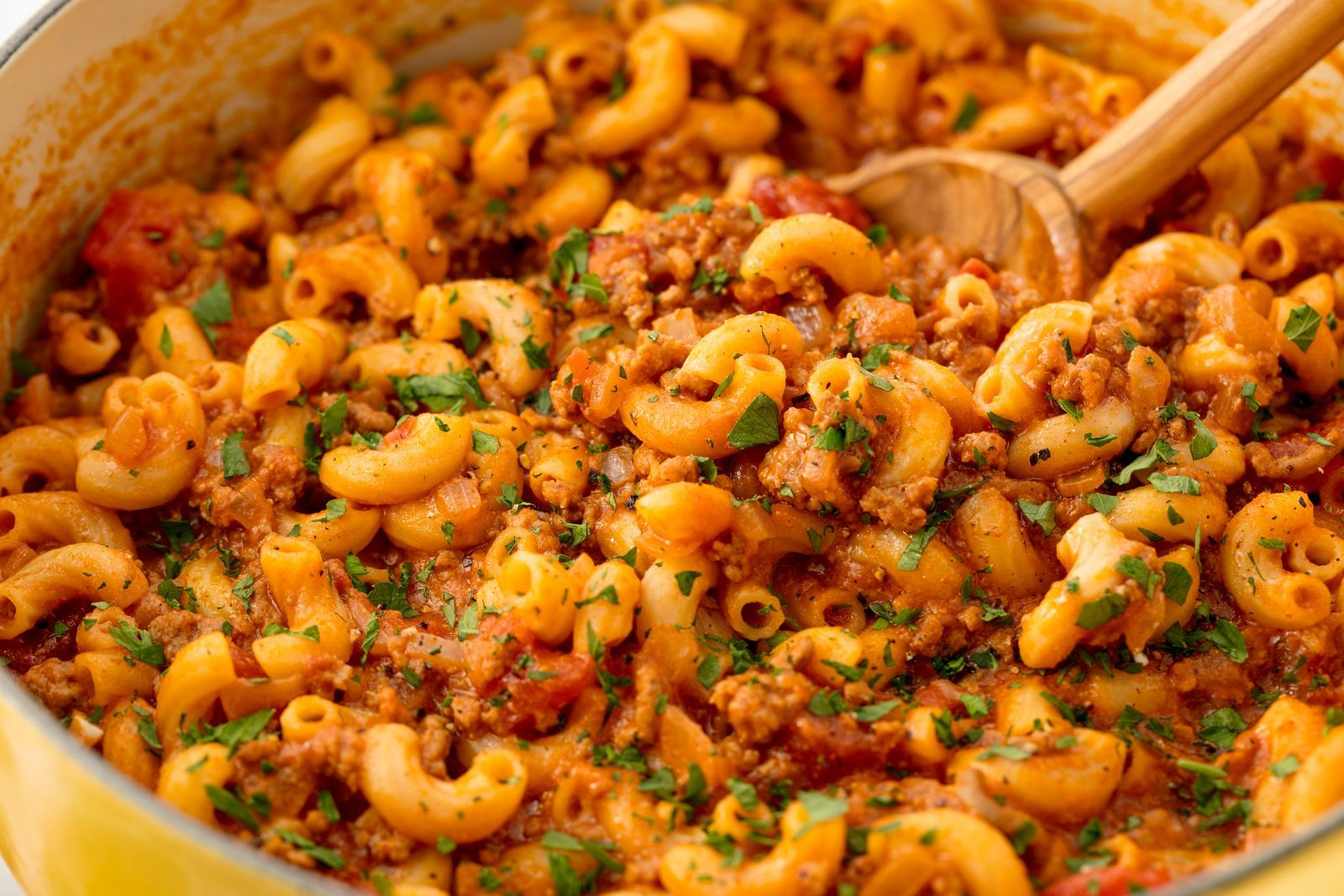 You Need This Cheesy Goulash In Your Lifedelish Uk Best Ground Beef Recipes Goulash Recipes Recipes