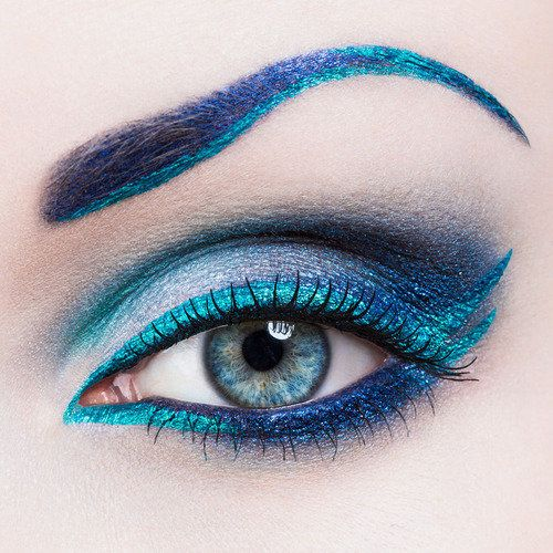 Get the \'blues\' with this eye makeup look #crcmakeup | Beauty ...