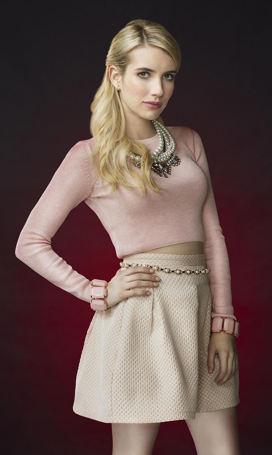 Pin de Malibutam em Scream Queens Chanel Oberlin Fashion & Style   Emma roberts. Scream queens e Figurino