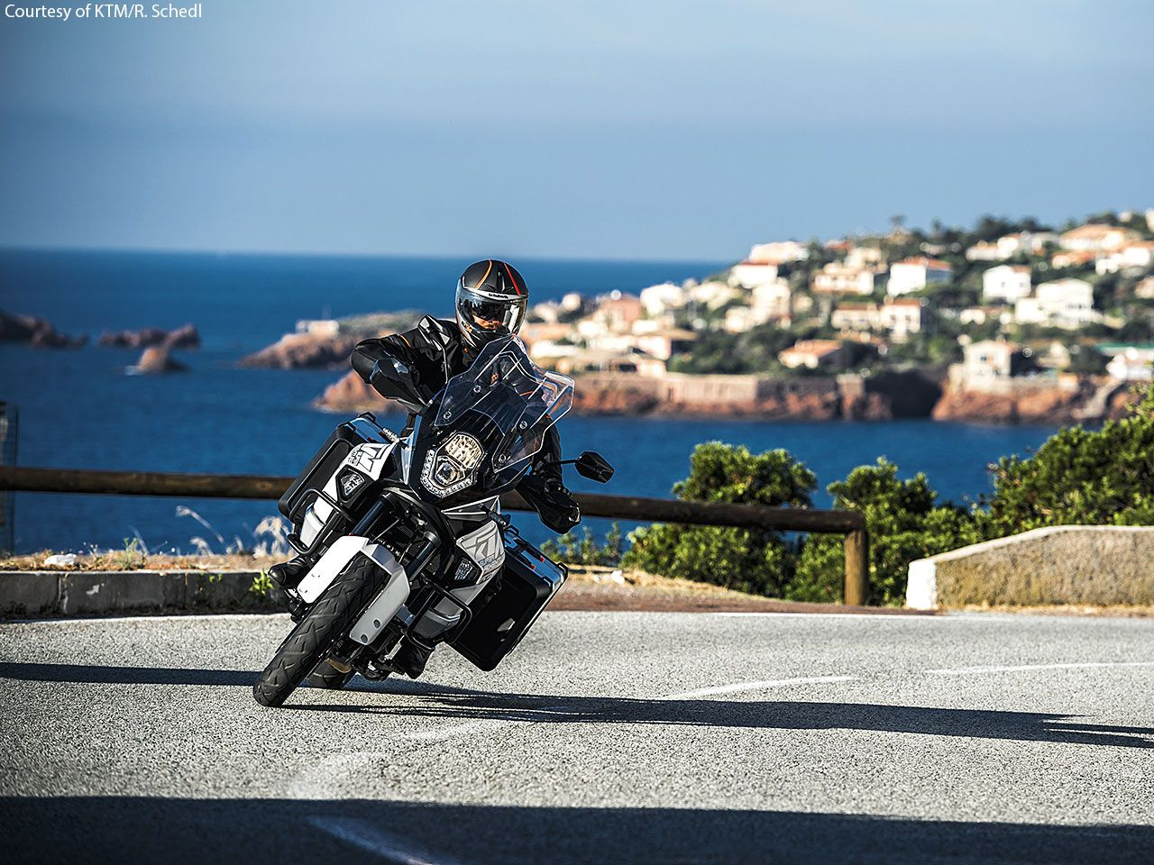 2015 KTM 1290 Super Adventure First Look - Motorcycle USA | My Trip ...