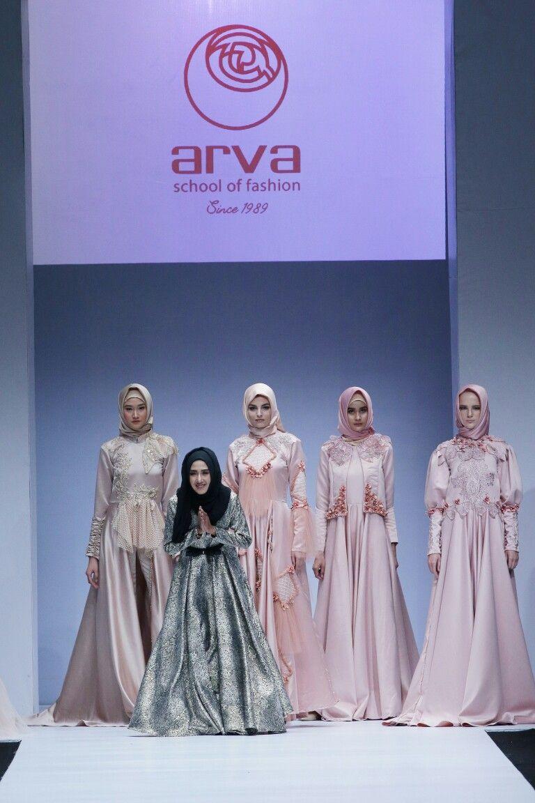 Aana Hasan on Jakarta Fashion Week 11 Contact us for order +