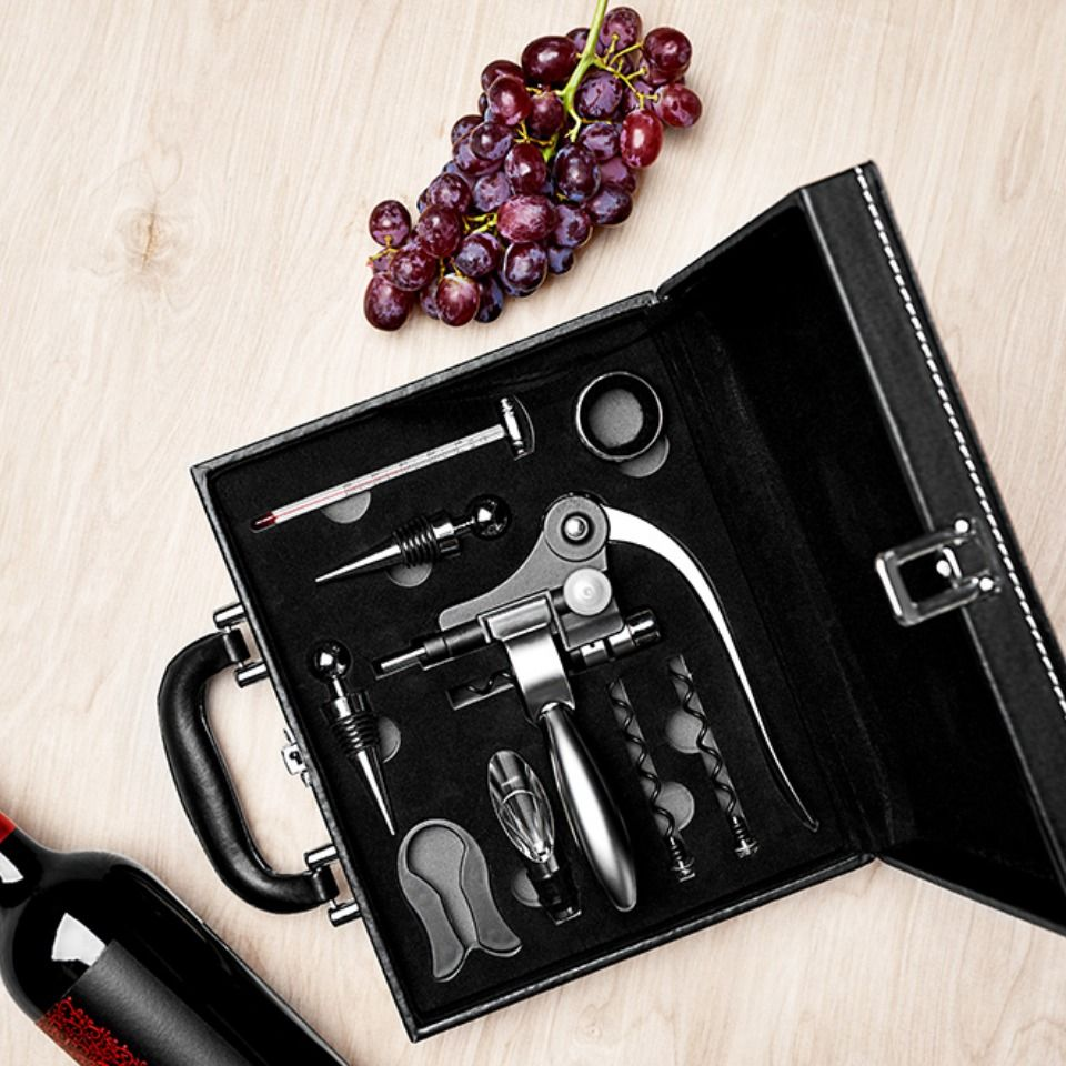 Executive wine gift set sharper image wine gift set